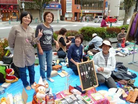 Web-2011.10.15fesuta-furima.JPG